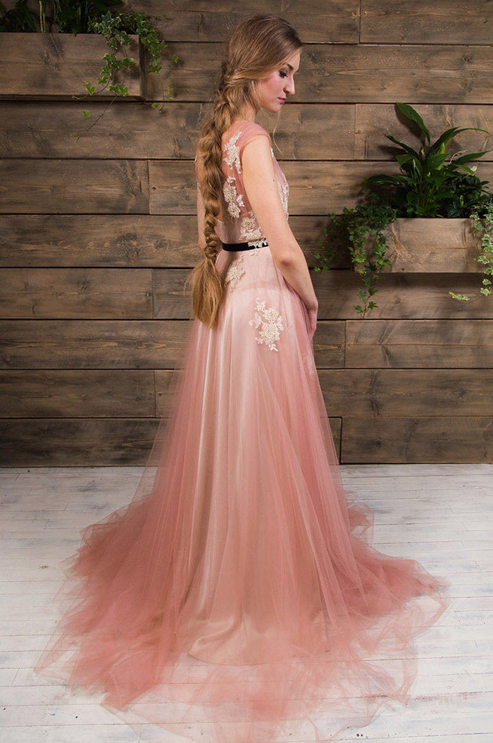 21-pink-wedding-dresses-2021-collections-6
