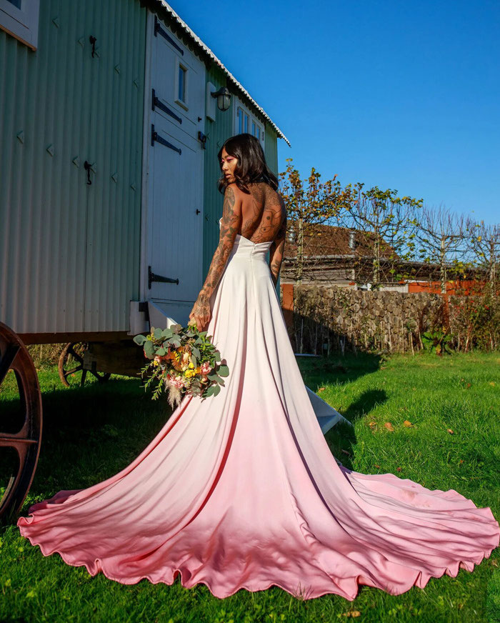 21-pink-wedding-dresses-2021-collections-12