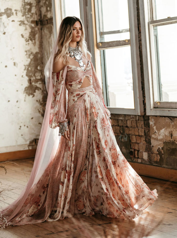 21-pink-wedding-dresses-2021-collections-20