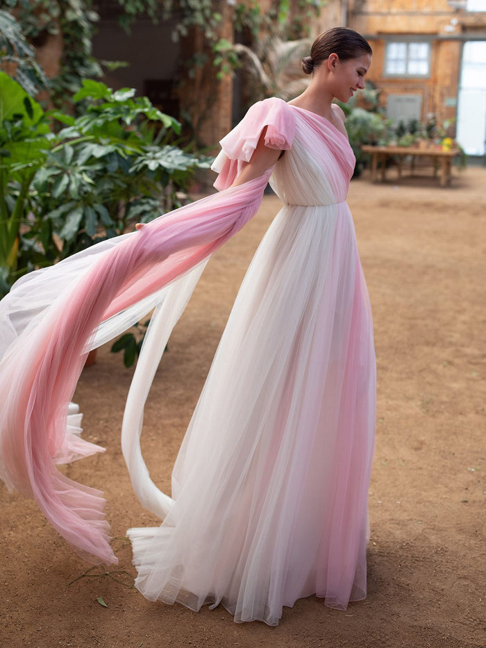 21-pink-wedding-dresses-2021-collections-22
