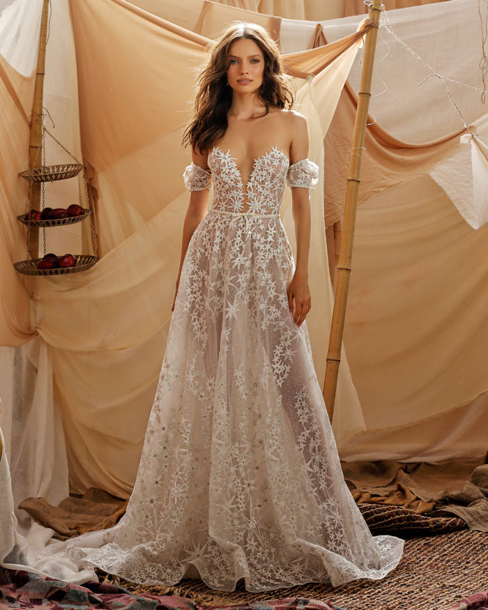 16-star-wedding-dresses-3