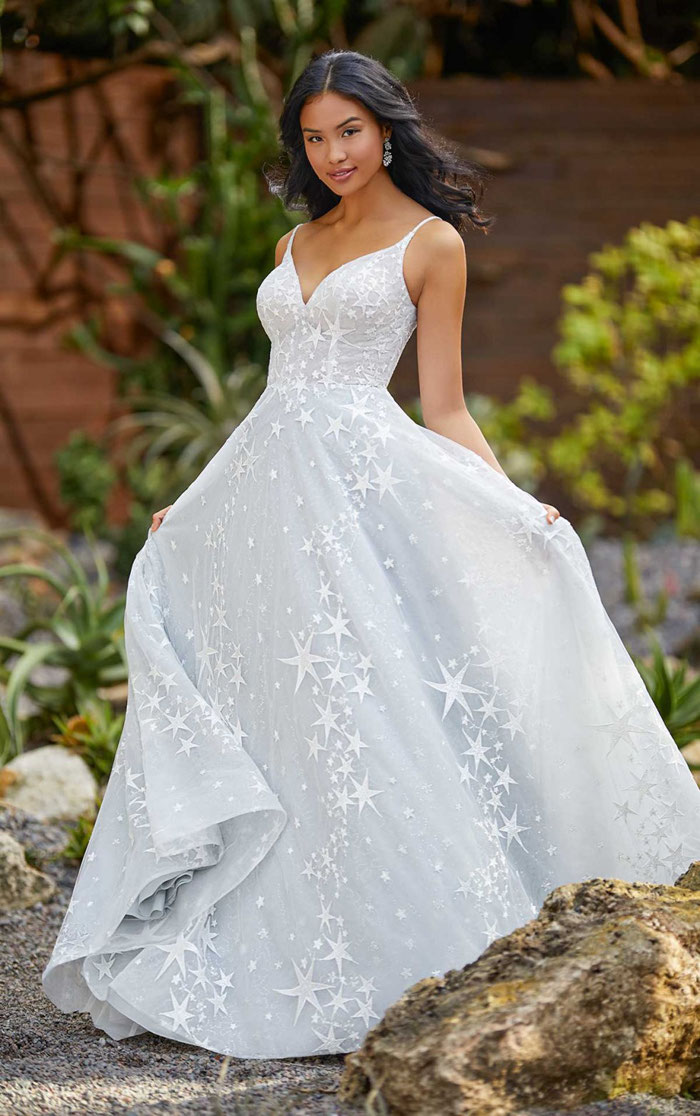 16-star-wedding-dresses-7