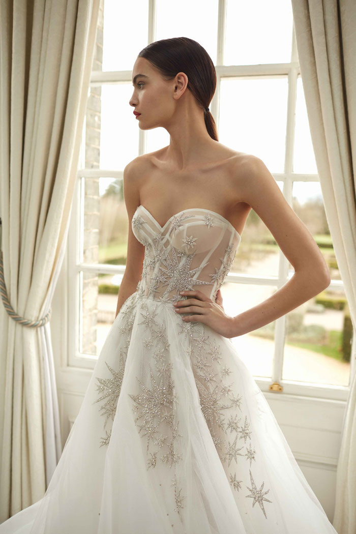 16-star-wedding-dresses-9