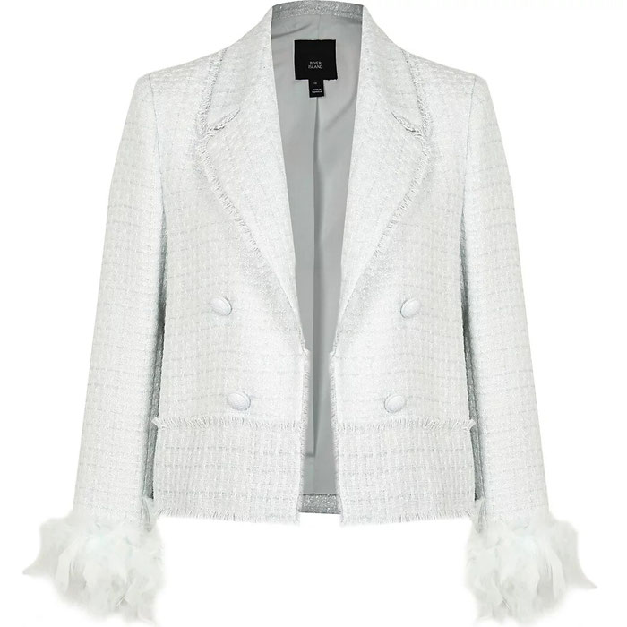 16-coats-outdoor-weddings-7