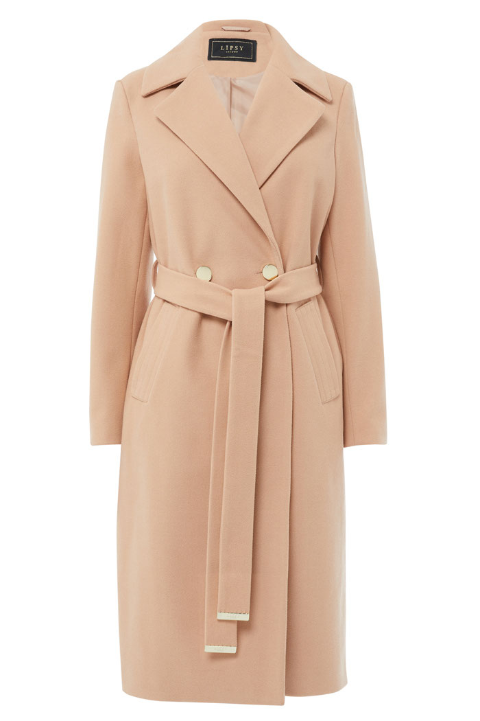 16-coats-outdoor-weddings-11