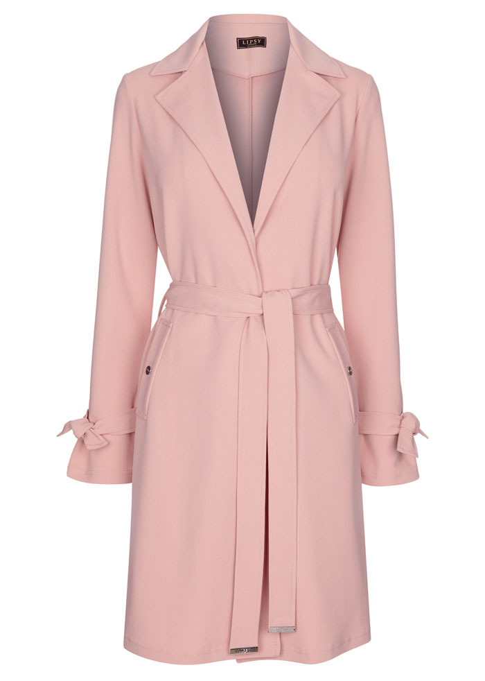 16-coats-outdoor-weddings-13