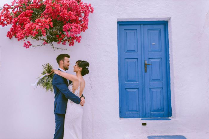 simple-greek-wedding-using-blue-white-and-green-21