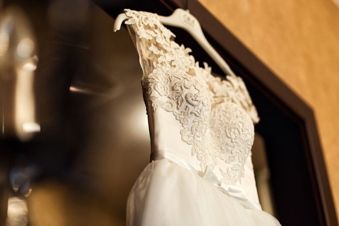 a-sustainable-and-budget-friendly-way-to-shop-for-your-wedding-dress-4