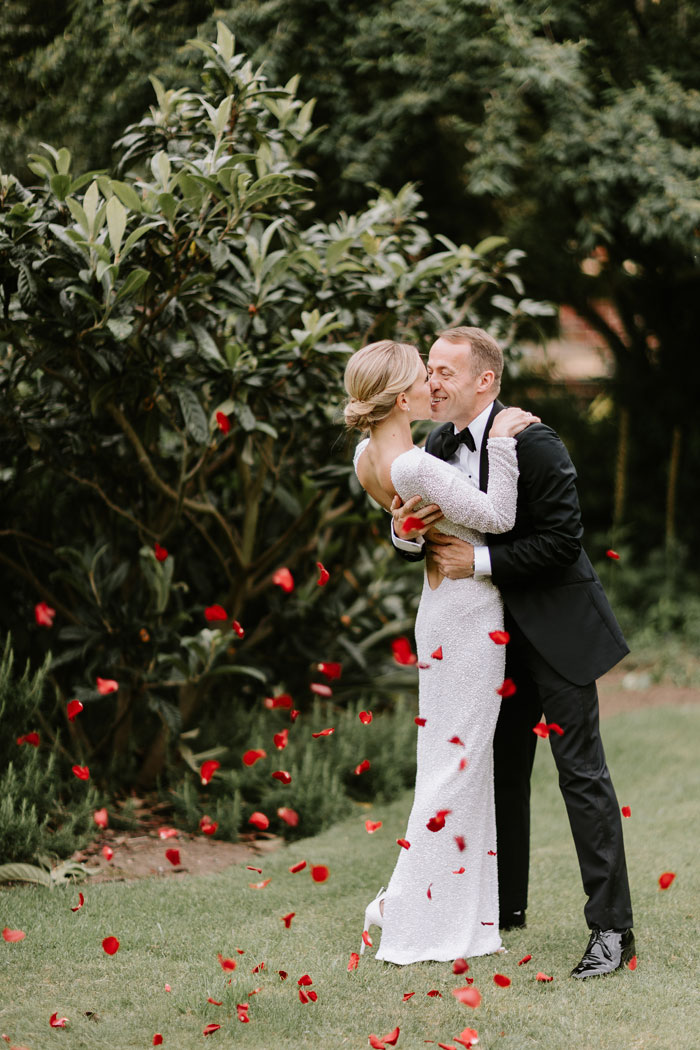 a-micro-wedding-in-london-for-just-the-bride-and-groom-13