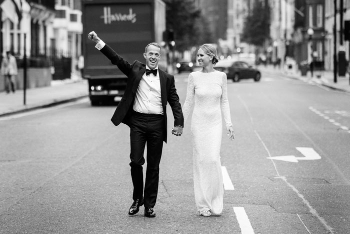 a-micro-wedding-in-london-for-just-the-bride-and-groom-14