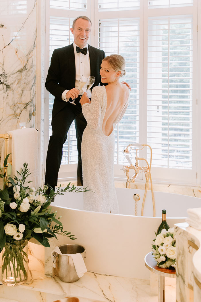 a-micro-wedding-in-london-for-just-the-bride-and-groom-22