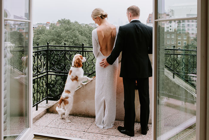 a-micro-wedding-in-london-for-just-the-bride-and-groom-24