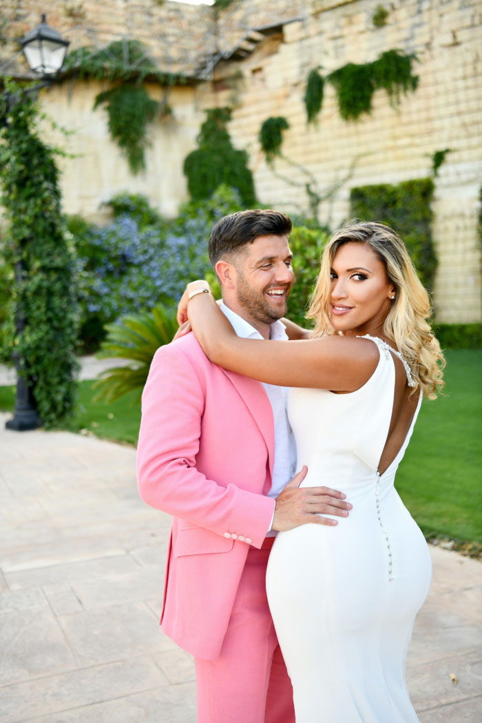 the-groom-wore-pink-in-this-elegant-white-wedding-in-malta-23