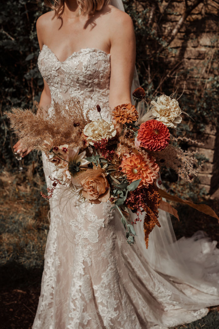trend-alert-rust-wedding-colour-of-the-moment-5